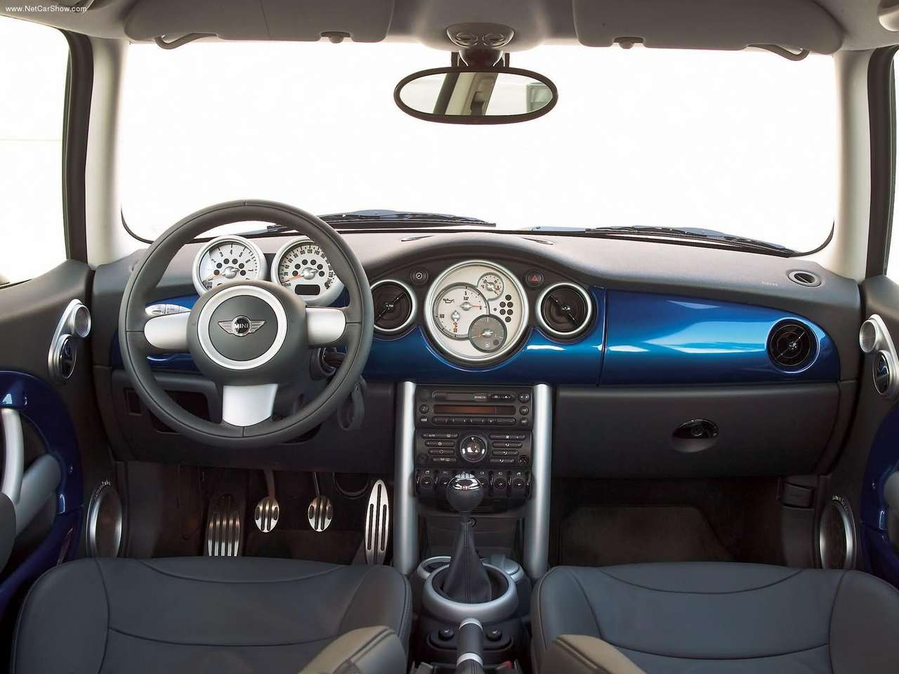 mini cooper s, mini, cooper, cooper s, hot hatch, bmw, german, oxford, motoring, automotive, cars, john cooper, supercharger, supercharged, motoring, automotive, retro car, classic car, austin mini, rover mini, italian job