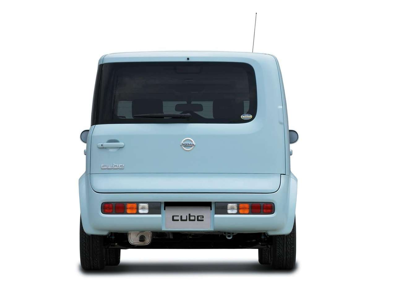 Nissan Cube, Nissan, Cube, Japan, Japanese car, hatchback, family car, odd car, weird car, strange car, automotive, car, cars, retro car, classic car, cheap car, bargain car, motoring, ebay, ebay motors, autotrader