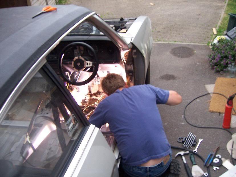 car, car mechanics, garage, mechanic, car fix, car repair, motoring, automotive, car, cars, ebay. ebay motors, motoring, automotive, classic car, retro car, car diy. garage, car garage, find me a garage, tools, tool,. car maintenance, featured