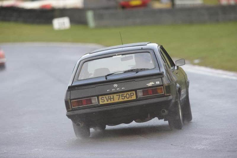 ford capri, mk2 capri, capri, retro ford, classic, brands hatch, cars, motoring, automotive, kent, race, dagenham