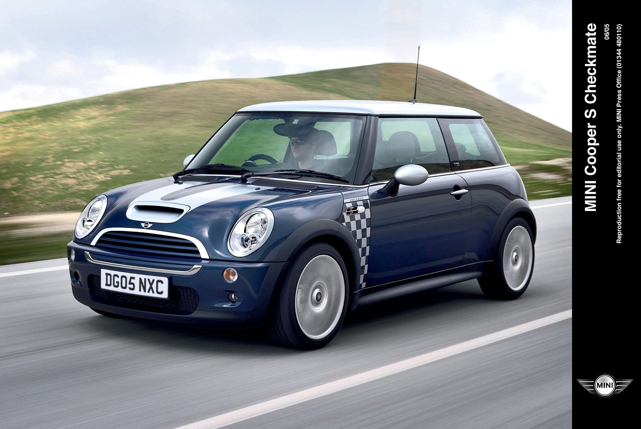 mini cooper s, mini, cooper, cooper s, hot hatch, bmw, german, oxford, motoring, automotive, cars, john cooper, supercharger, supercharged, motoring, automotive, retro car, classic car, austin mini, rover mini, italian job