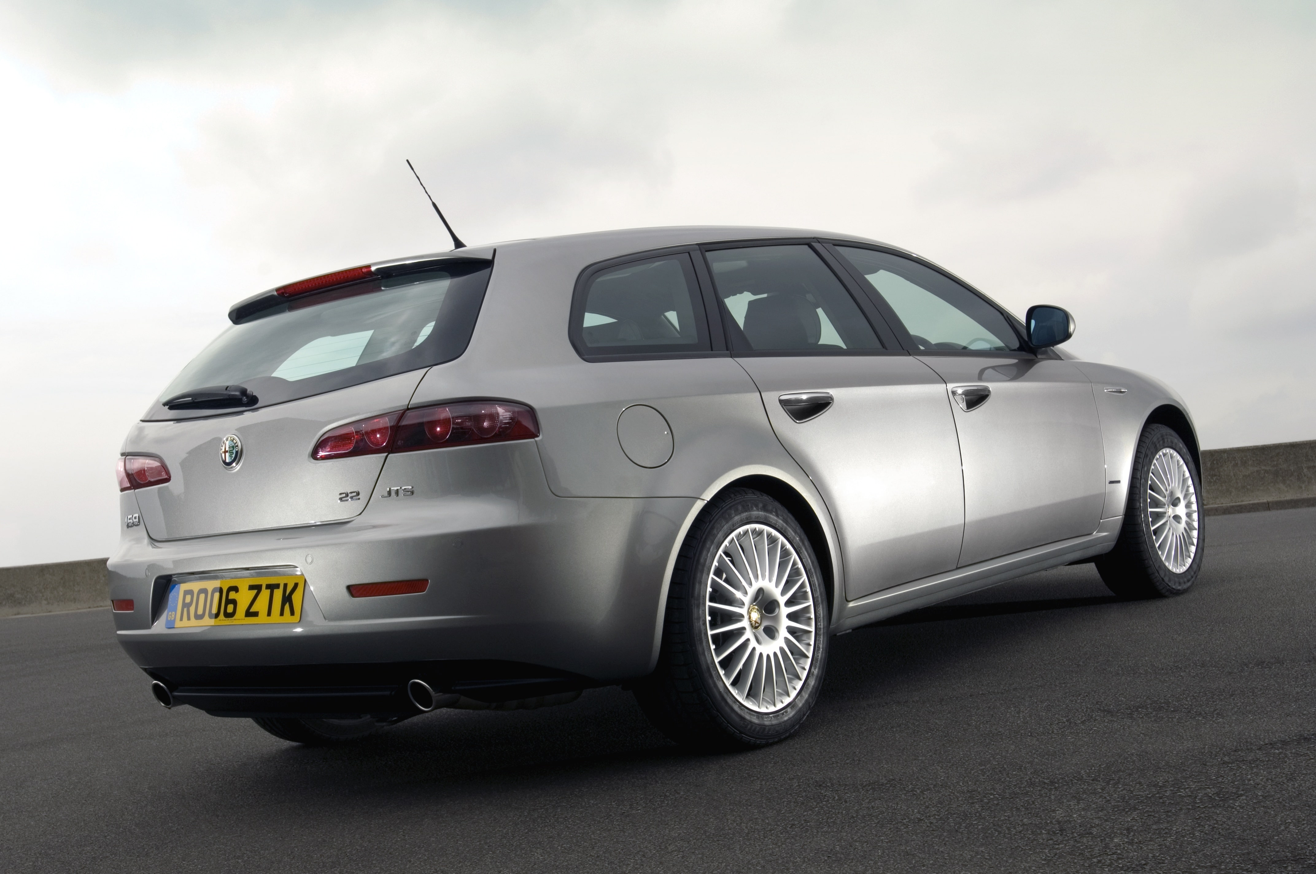 Alfa Romeo 159, Alfa, Alfa Romeo, Alfa 159, 159, italian car, saloon car, saloon, cheap car, bragain car, autotrader, ebay motors, motoring, automotive, classic car, retro car, car design, quantum of solace, car, cars