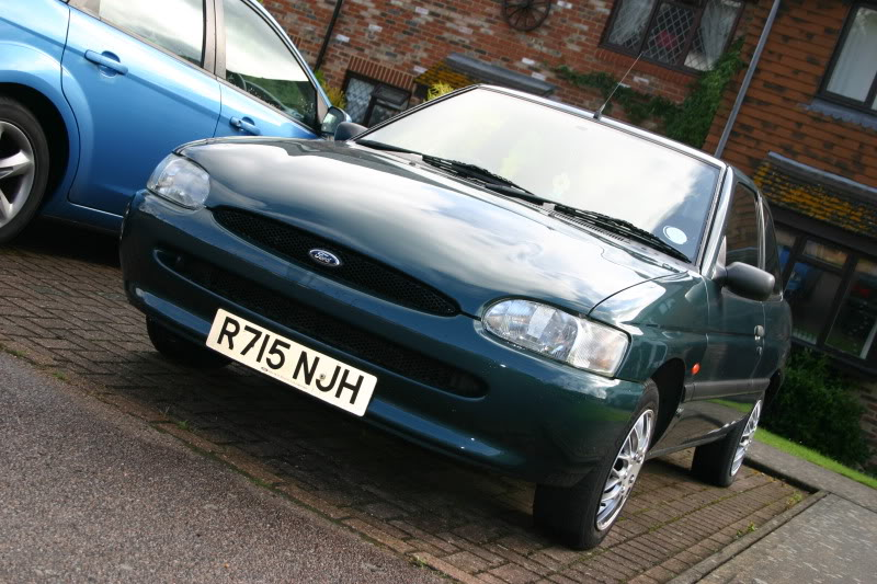 ford escort, ford, escort, track car, brand hatch, zetec, performance ford, retro ford, magazine, cars, car, motoring, automotive, car magazine, classic car, retro car, failure