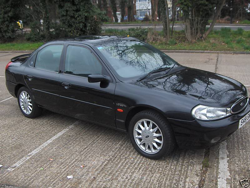 Mondeo Ghia X, Ford Mondeo Ghia X, Ford Mondeo, Ford, Mondeo, Mondeo Ghia X, Ghia X, saloon car, performance ford, project car, Bruntingthorpe, stolen car, scrap car, Escrot, track car, failure, cheap car, classic car, retro car, motoring, automotive, car, cars, autotrader, ebay, ebay motors