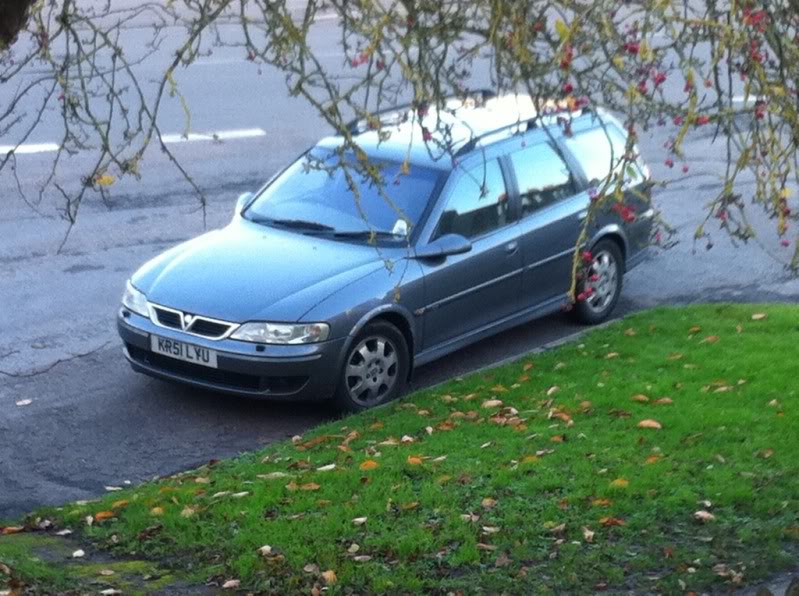 Vauxhall Vectra CDX, Vauxhall, Vectra, Vauxhall Vectra, Vectra CDX, diesel car, derv, 2.2, Luton, estate, the engine fell out, high miler, car, classic car, retro car, motoring, automotive, car, cars, ebay, ebay motors, autotrader