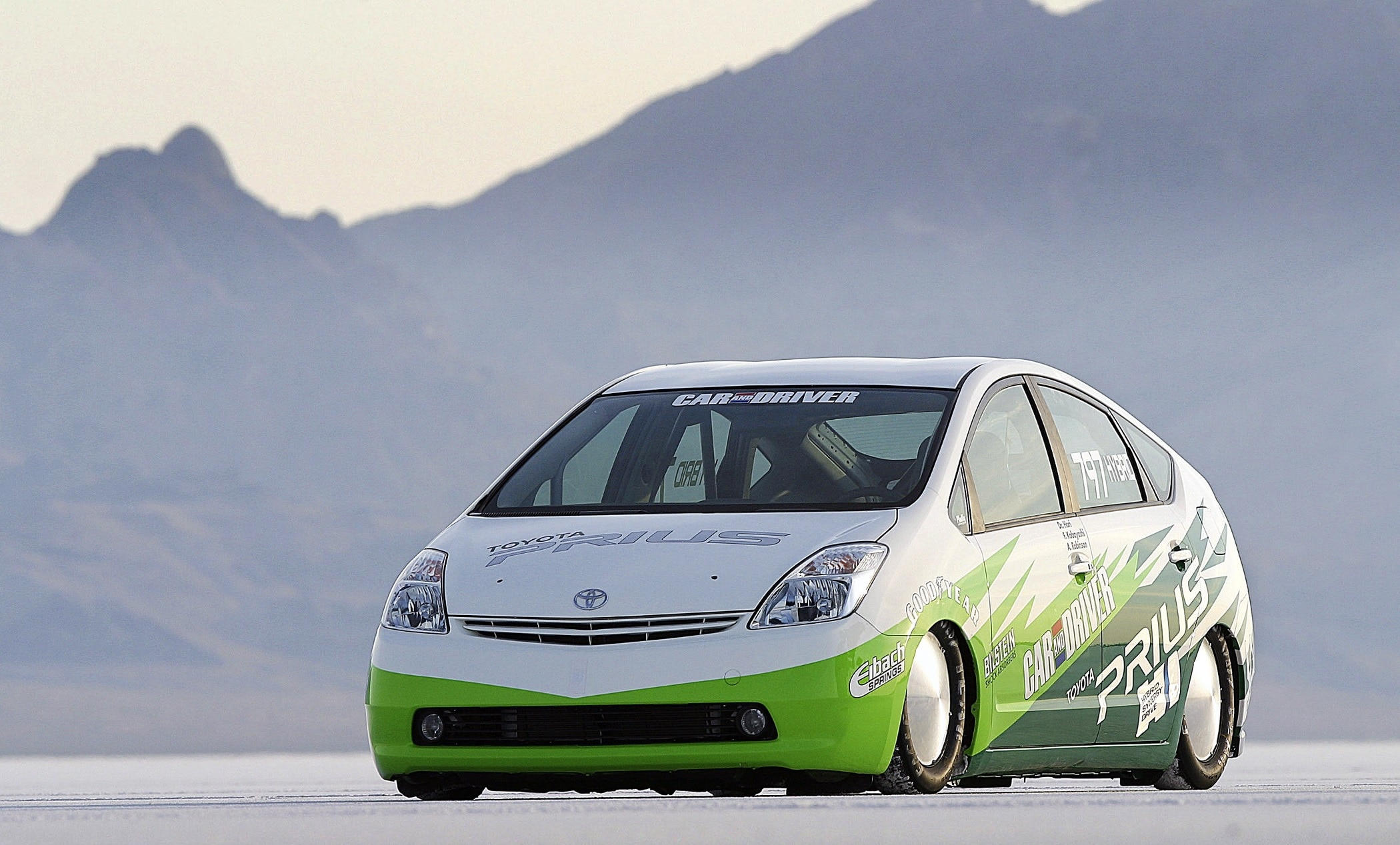 Toyota Prius, Toyota, Prius, hybrid, hybrid car, economical car, battery car, EV, electric vehicle, devoid of any soul, many mpgs, fuel economy, bargain car, cheap car, motoring, automotive, Japan, Japanese car, autotrader, ebay, ebay motors,, car, cars, hatchback, family car