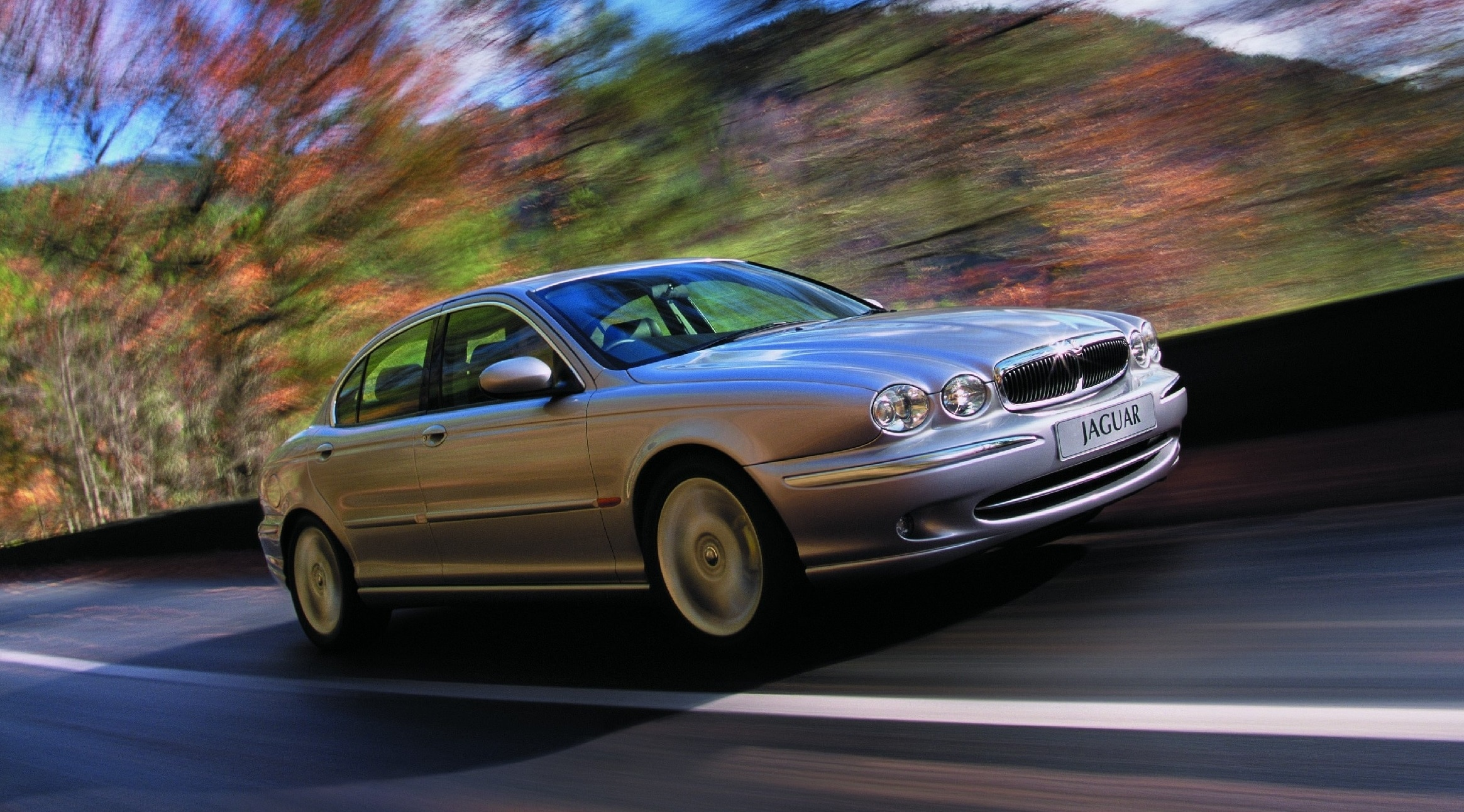 Jaguar X Type, Jaguar, X Type, luxury car, Ford, Ford Mondeo, bargain car, motoring, automotive, ebay, ebay motors, autotrader, family car, expensive car, bargain car, car sales, petrol, diesel, AWD, four wheel-drive, 4x4