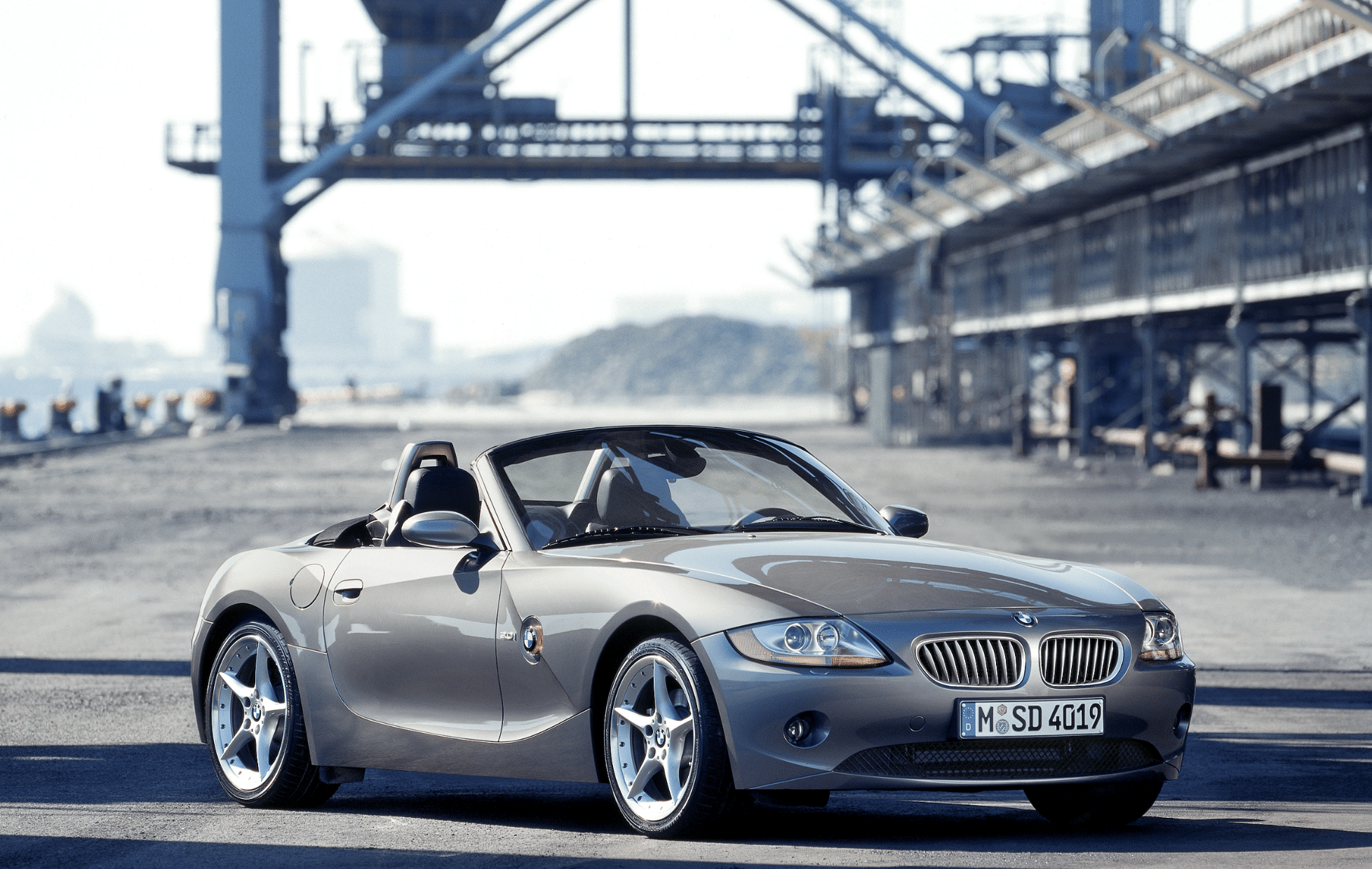 The Bmw Z4 Fancy A Smart German Roadster Look No Further
