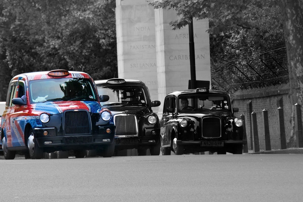 London Taxi, Black Cab, the knowlege, taxi, weird car, British car, classic car, motoring, automotive, car, cars, Adrian Flux, ebay, ebay motors, old car, TX1, TX2, FX4, not2grand, www.not2grand.co.uk, car, cars, featured
