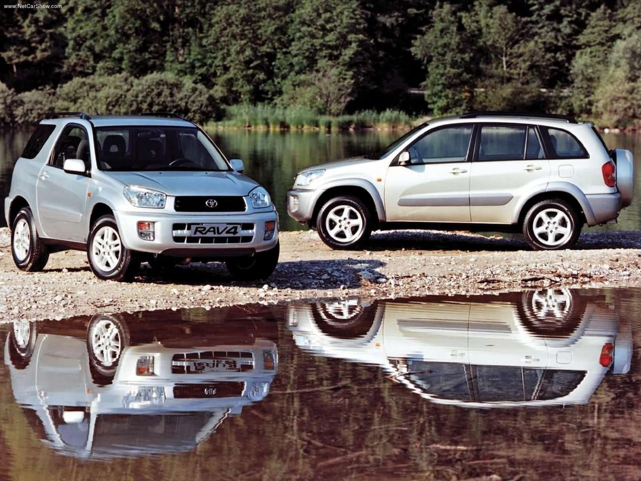 Toyota Rav4, Toyota, Rav4, motoring, automotive, not2grand, www.not2grand.co.uk, Adrian Flux, 4x4, off-roader, all-wheel drive, Rav4 buying guide, car, cars, classic car, retro car, ebay, ebay motora, autotrader, featured