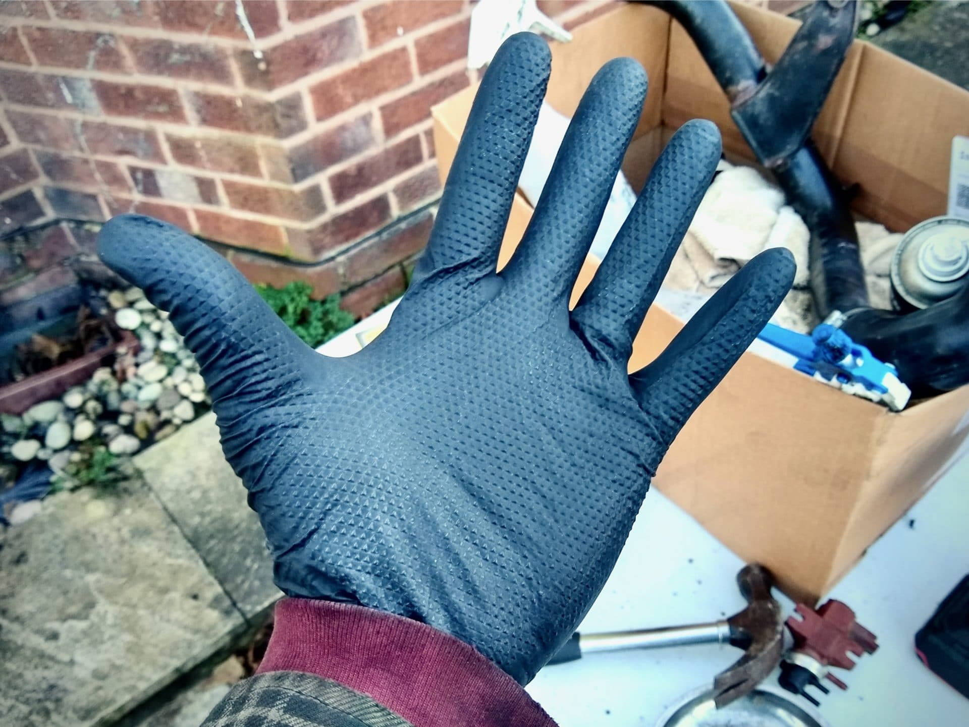 bargain or bollocks, not2grand, not2grand.co.uk, product review, gloves, nitrile gloves, rubber gloves, mechanic, working on cars, fixing cars, equipment, Fortress Distribution, Black Mamba, Torque Grip