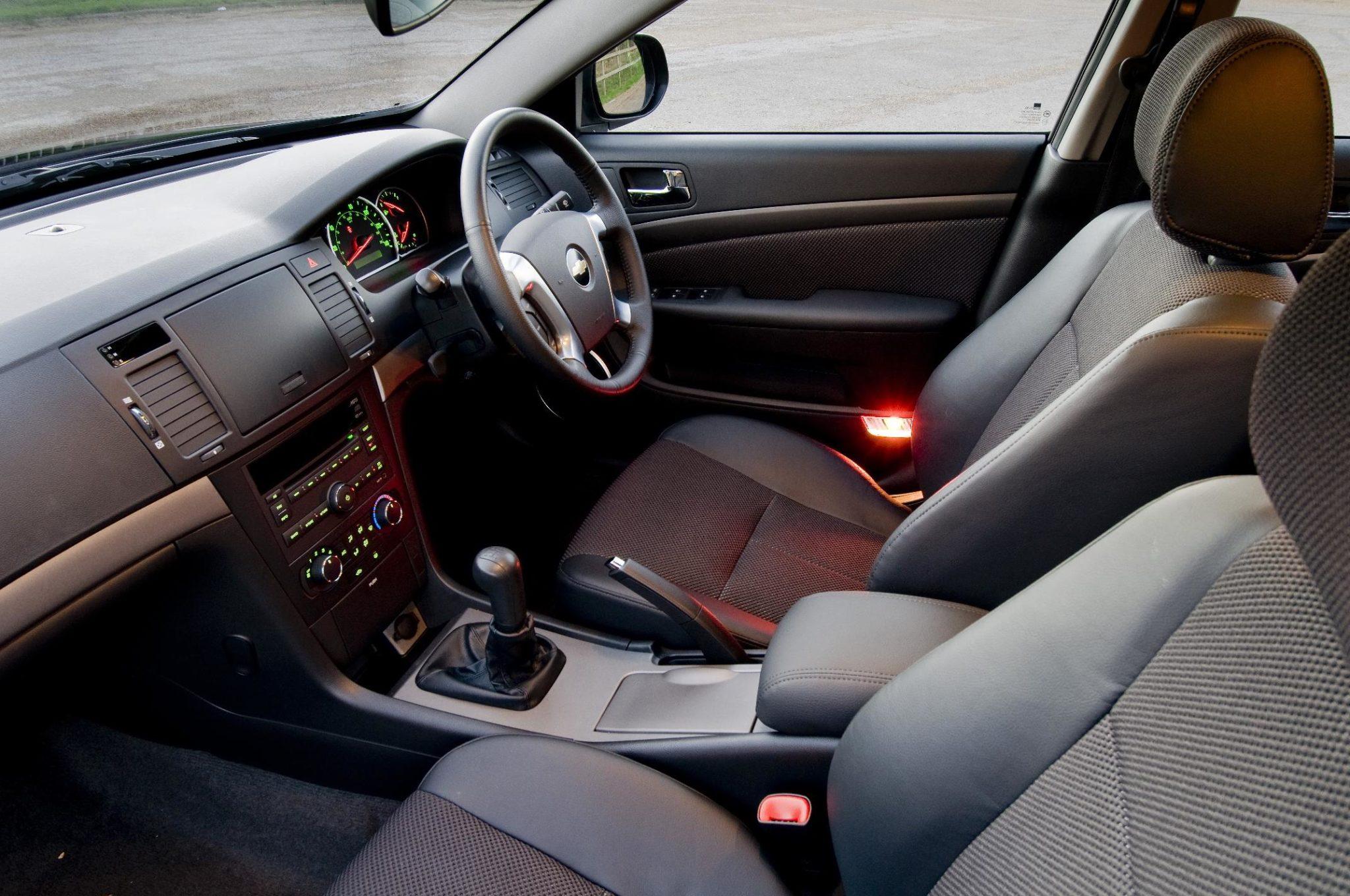 Chevrolet, Epica, Chevrolet Epica, saloon car, cheap car, motoring, automotive, not2grand, Chevrolet Epica Review, Daewoo, bargain car, featured