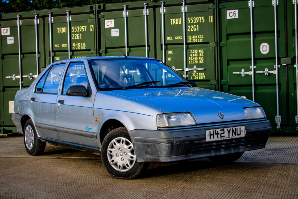 Retro Cars Magazine Craig Cheetham, Renault, Renault 19, Ford, Ford Escort, Ford Orion, Orion, Escort, Rover, Rover R8, Rover 414, Rover saloon, saloon, classic car, retro car, carandclassic.co.uk, not2grand, motoring, automotive, car test, featured