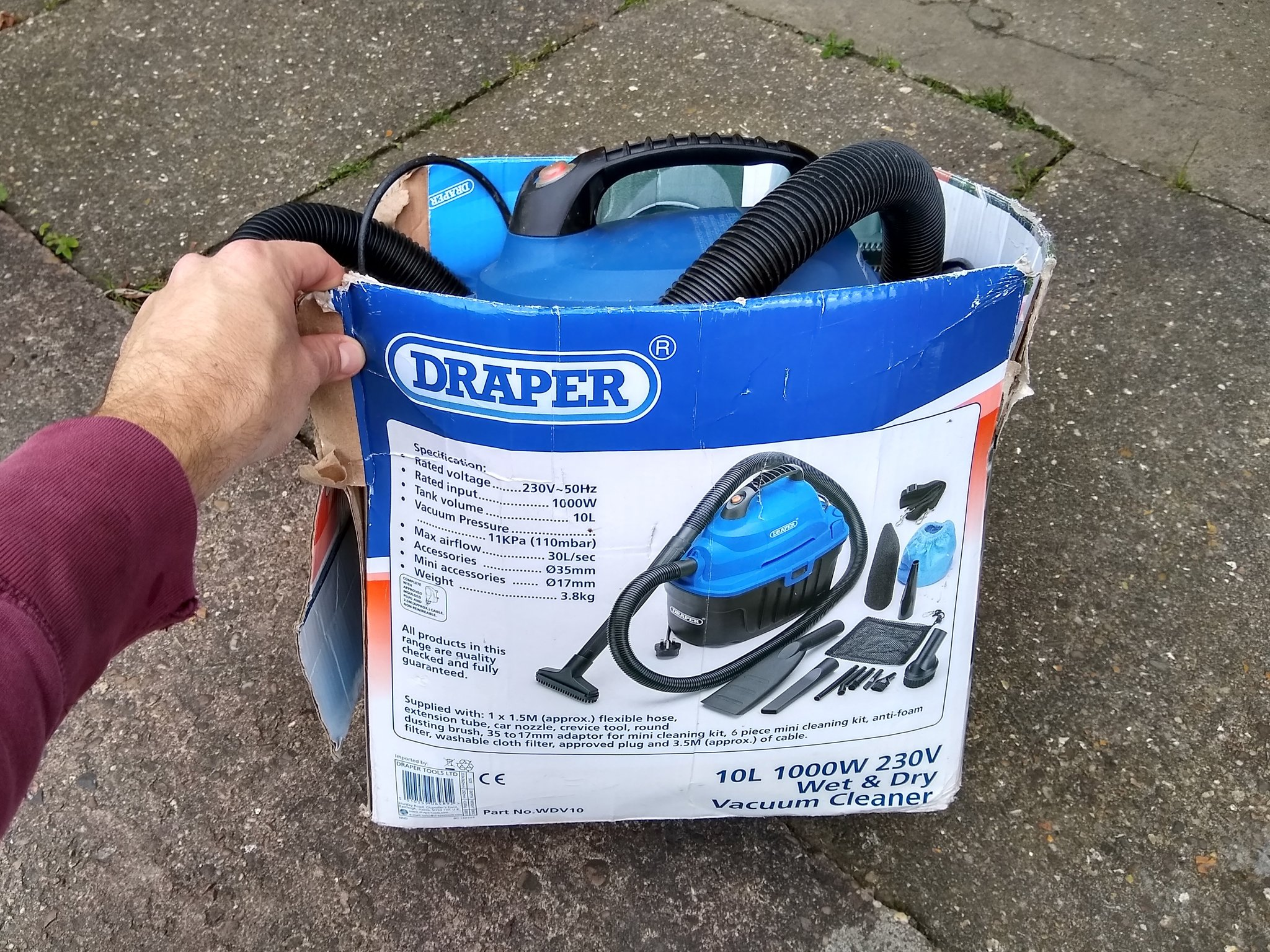 vacuum, wet dry vac, wet dry vacuum, draper, tools, cars, working on cars, diy, not2grand, not 2 grand, n2g, not2grand.co.uk
