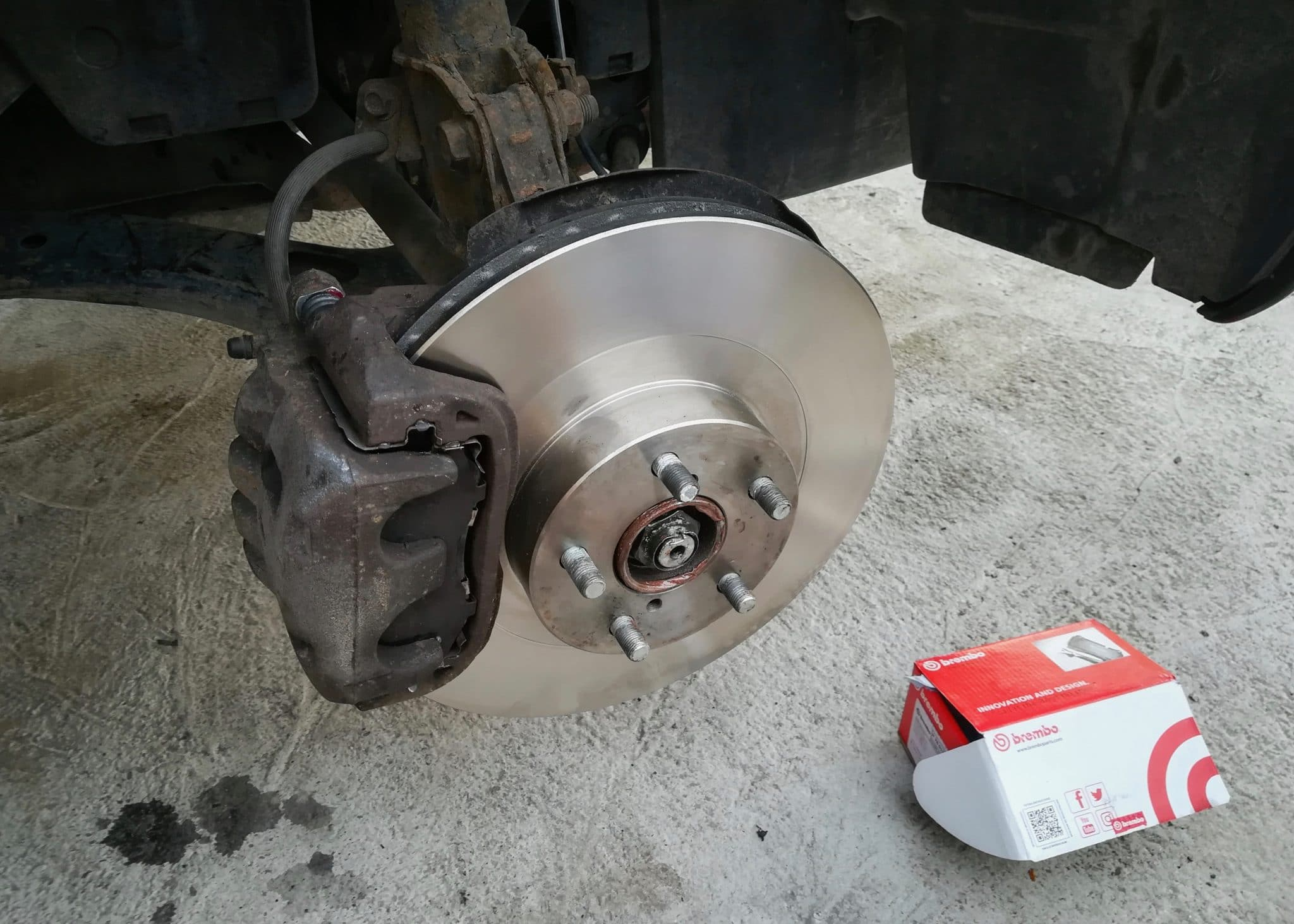 brakes, disc brakes, brembo, brake job, Subaru, Outback, Subaru Outback, N2G, Not2Grand, Not 2 Grand, not2grand.co.uk
