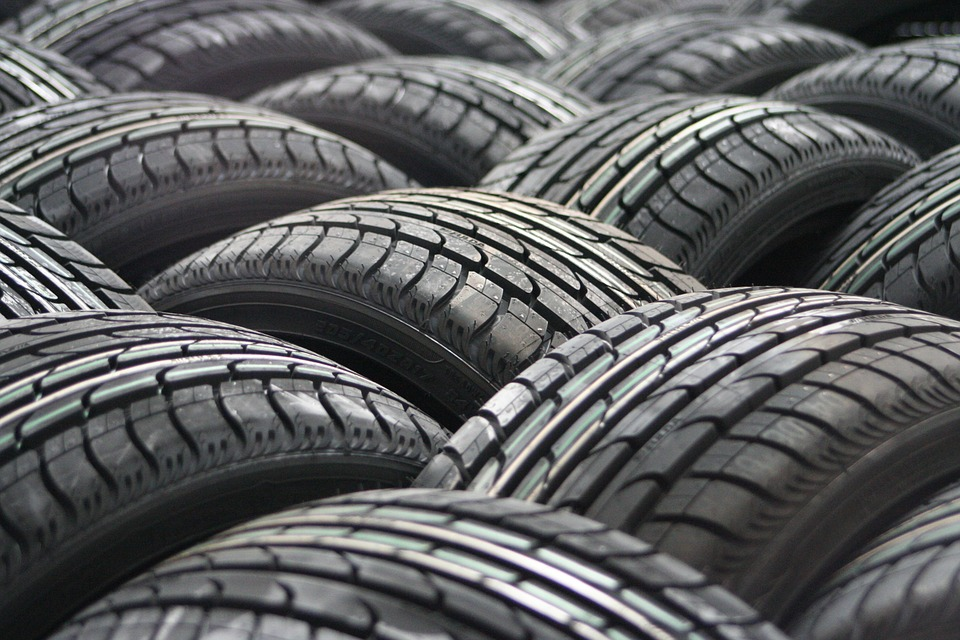 tyres, tyre, tyre safety, tyre health, motoring, automotive, tyre advice, car advice, car maintenance, car repair, winter tires, classic car, retro car, motoring, automotive, not2grand, not2grand.co.uk