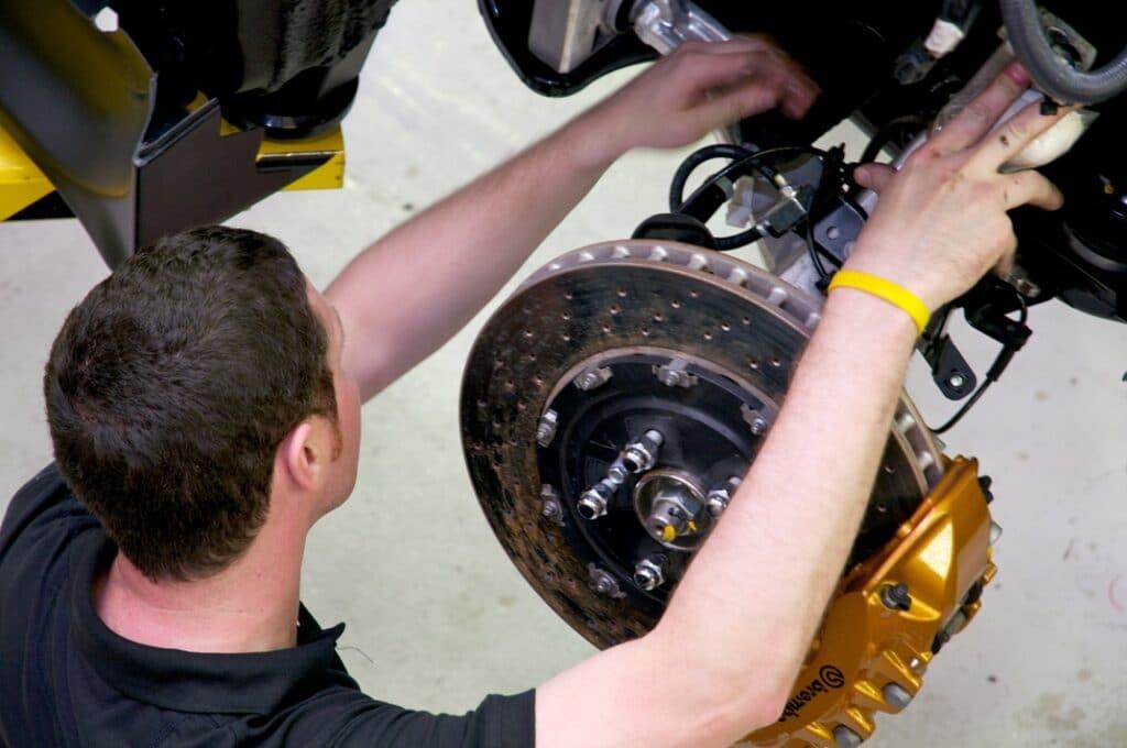 brake, brake system, classic car, retro car, car repair, motoring, automotive, drum brakes, disc brakes, car repair, car knowledge, not2grand, not2grand.co.uk