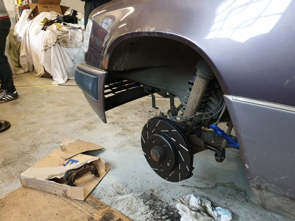 suspension, suspension geometry, toe in, toe out, caster, camber, thrust angle, classic car, retro car, motoring, automotive, project car, restoration project, not2grand, not2grand.co.uk, car, cars,