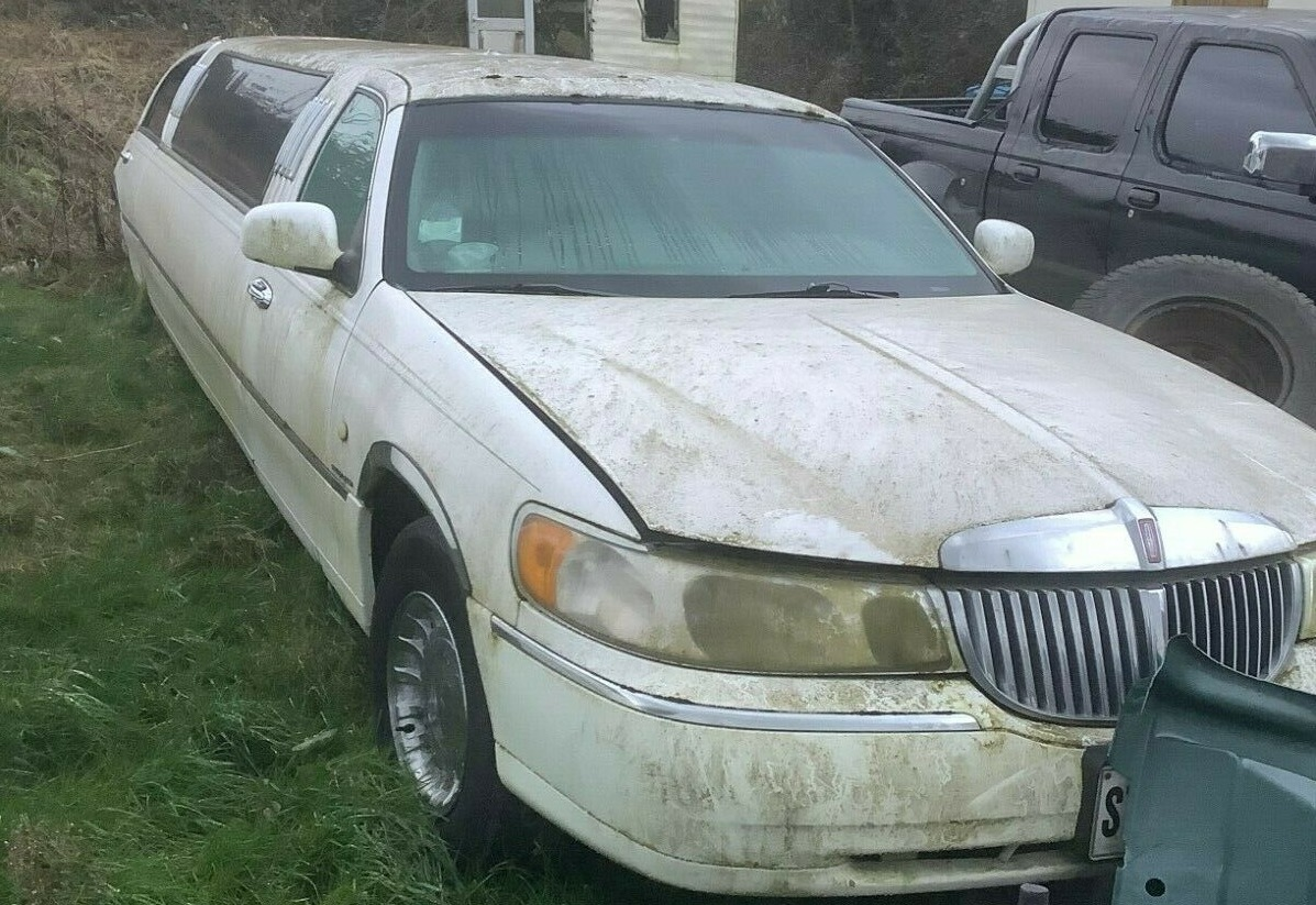 lincoln, town car, lincoln town car, limousine, limo, cars, cars for sale, American cars, not 2 grand, not2grand, n2g, not2grand.co.uk