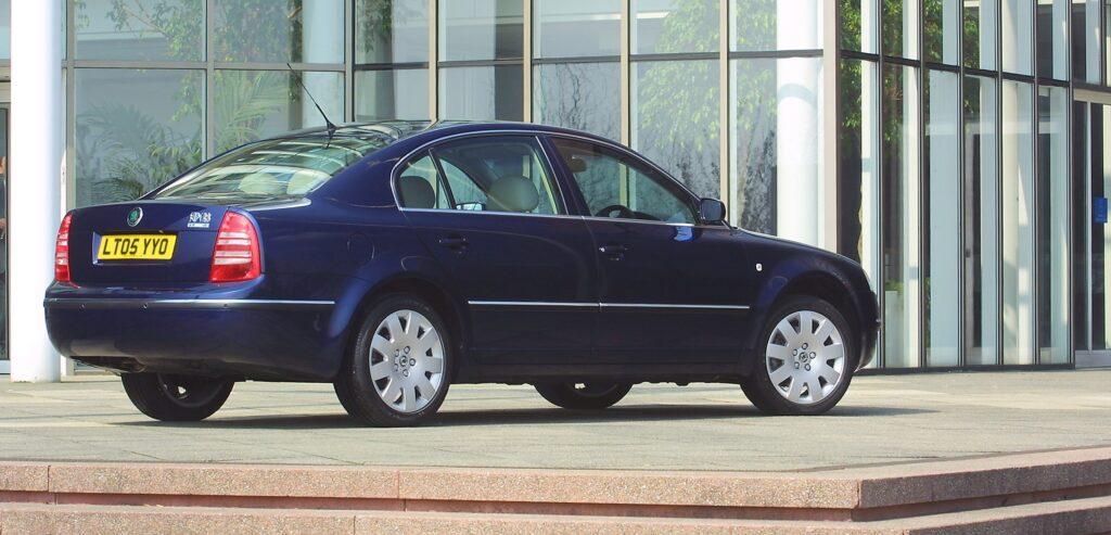 Skoda, Skoda Auto, Skoda Superb, Superb, featured, Volkswagen, Volkswagen Passat, passat, classic car, retro car, motoring, automotive, not2grand, not2grand.co.uk, Skoda Superb Buying Guide, cheap car, luxury car, car, cars,