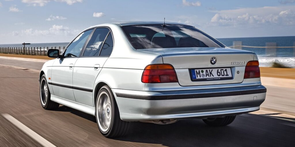 E39, E39 BMW, BMW, classic BMW, oldtimer, retro car, classic car, project car, motoring, automotive, not2grand, not2grand.co.uk, cheap BMW, E39 buying guide, car, cars, featured
