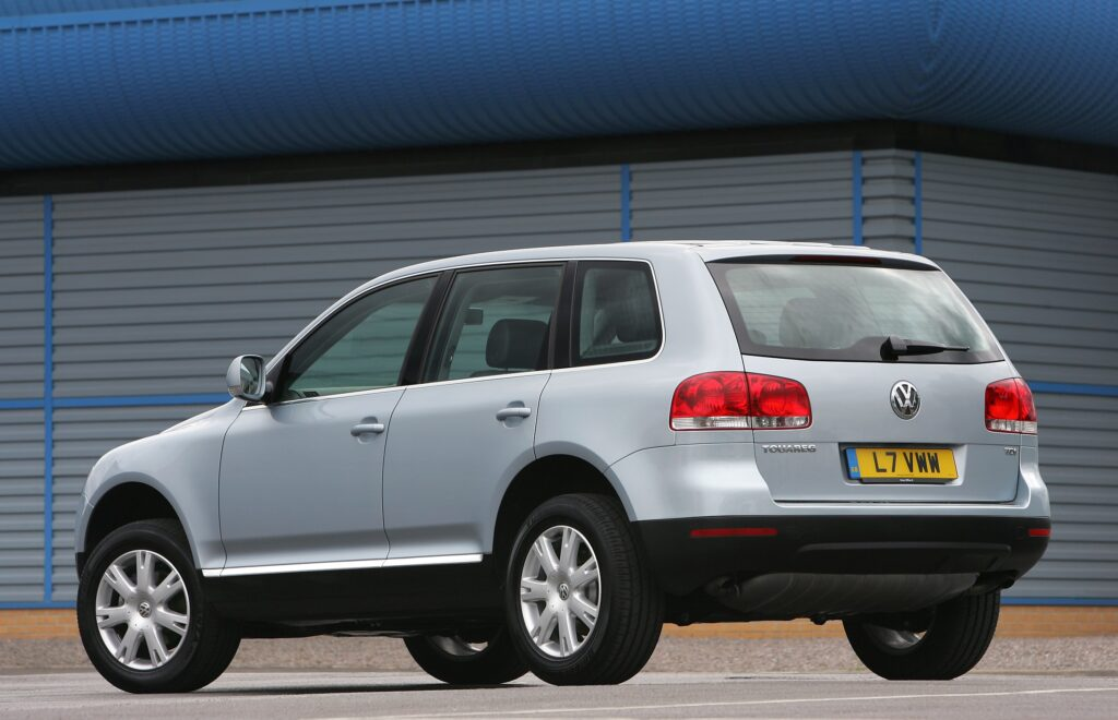 Touareg, Volkswagen, Volkswagen Touareg, VW Touareg, 4x4, Ranger Rover, Audi, VW Audi, VAG, cheap car, retro car, motoring, automotive, not2grand, not2grand.co.uk, featured, car, cars, off-road, V10